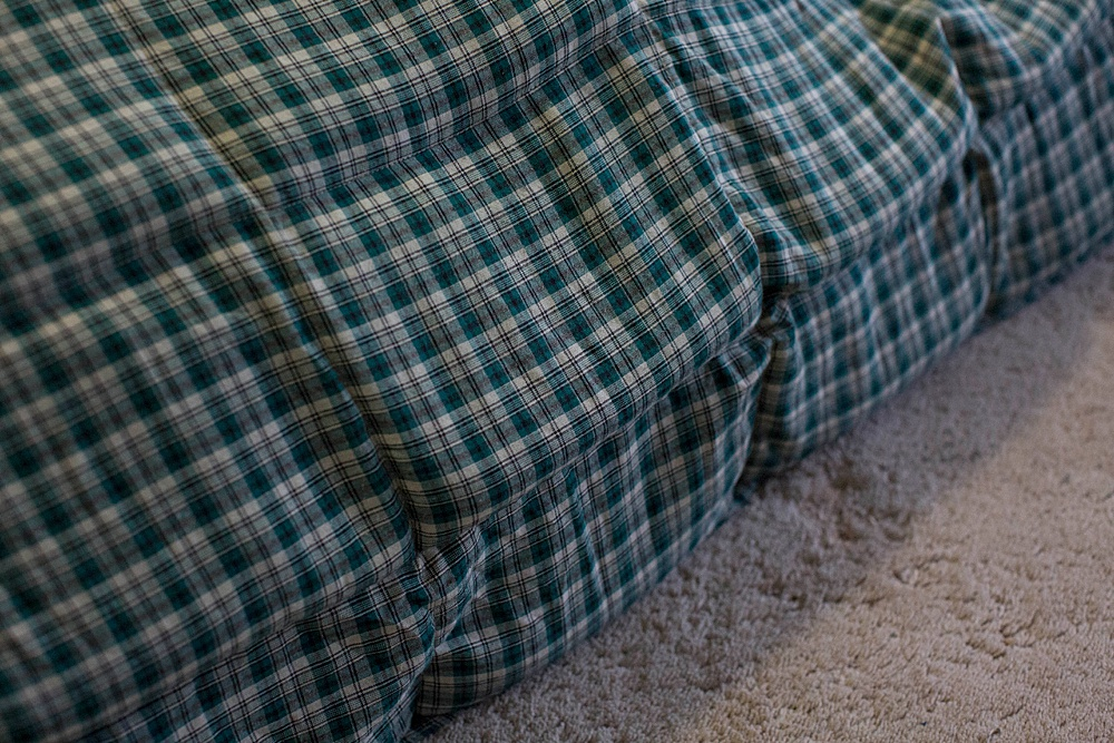 Mosaice Weigthed blanket review: there are plenty of color, weight, and size options.